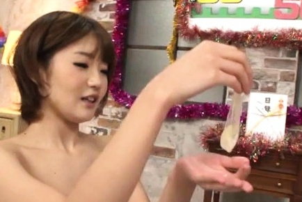 Japanese av model with voluminous booty is fingered and plays with boner. Japanese AV Model with considerable anal is fingered and plays with boner